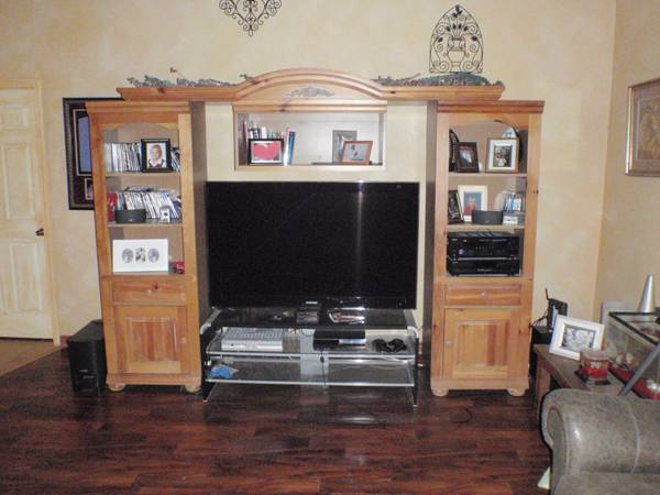 Armoire for big TV - $350 (sherman)
