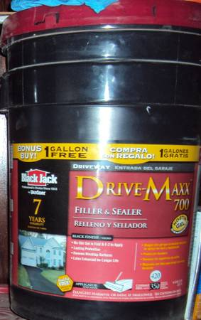 Blacktop Driveway Sealer Filler ( 6 Gl Buckets ) - $14 (Euless)