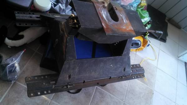 reese 18k 5th wheel hitch - $250 (ardmore)