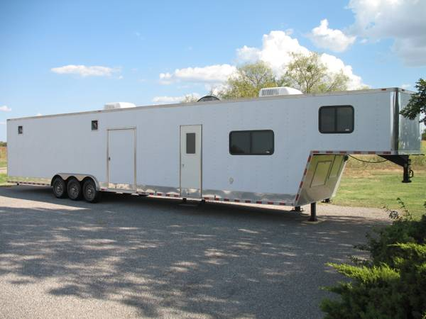 48 Millennium Car Hauler  Trailer with Living Quarters - $33500 (Olney, TX)