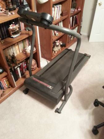 Treadmill - $25 (Sherman)