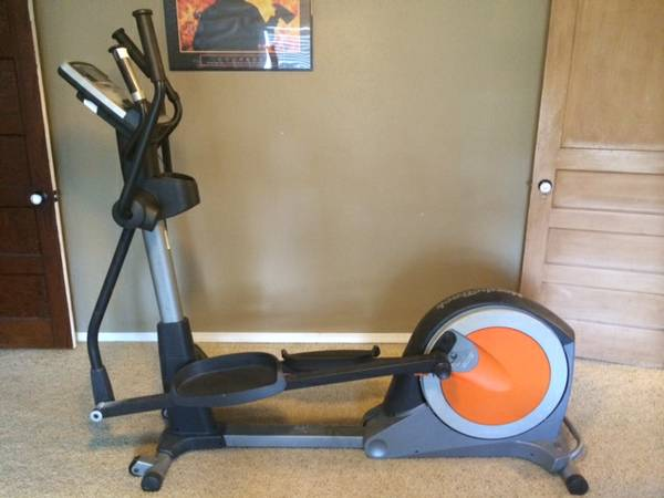 NordicTrack E5vi elliptical with iFit card - x002475 (Durant, OK)