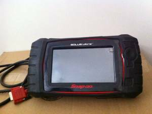 SNAP-ON SOLUS ULTRA FULL-FUNCTION SCAN TOOL - $1600 (Texoma)