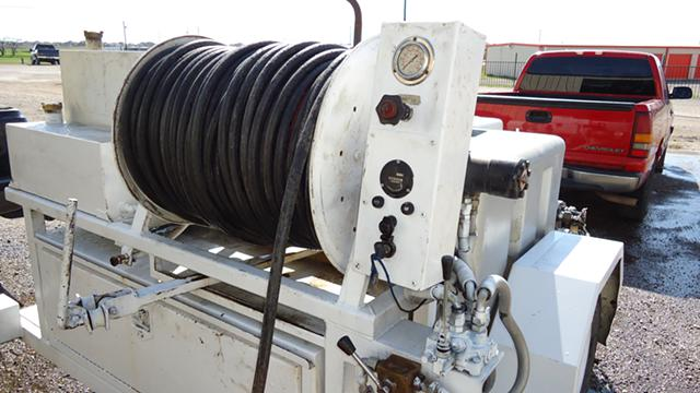 Plumbers we RENT Hydro JETTERS  Daily or Weekly  500 12 Hose with Nozzles  Trailer Units