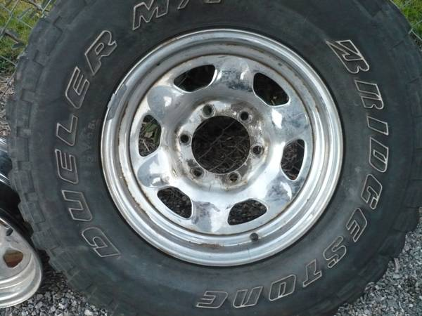 OEM Landcruiser fj60 fj40 Chrome Wheels - $150 (Van Alstyne)