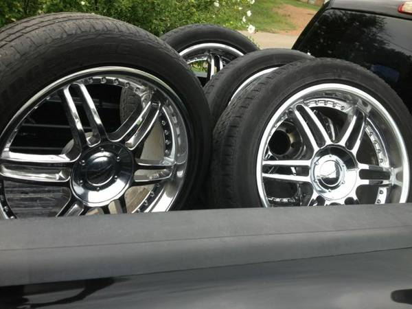 22 inch chrome kmc wheels and tires - $600 (Antlers oklahoma)
