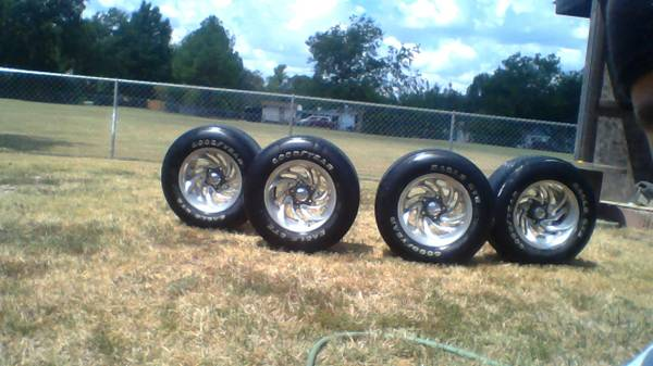 P28560R16 GoodYear Tires on Eagle Alloy rims Excellent Buy - $150 (bonham)