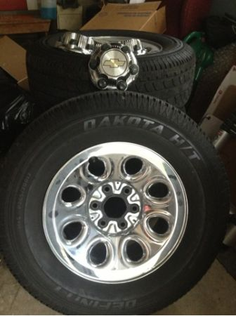 17 inch Chevy wheels and tires - $600 (Denison)