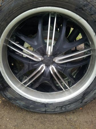 22in rims and tires (caddo)