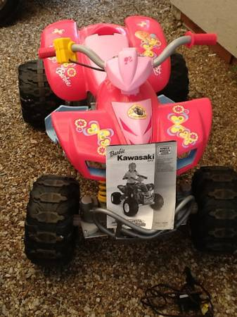 Barbie Kawasaki 4 wheeler fisher price power wheels excellent - $120 (Whitesboro)