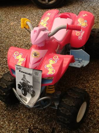 Barbie Jeep 4 wheeler fisher price power wheels excellent - $100 (Whitesboro)