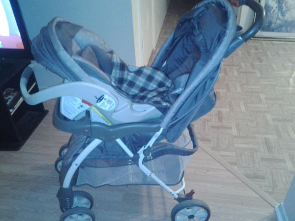 Baby Trend carseat stroller combo - $75 (durant)