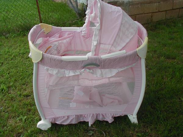 GRACO Travel Lite Crib - $40 (Lone Grove, OK)