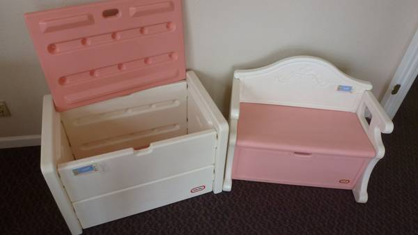 RARE LITTLE TIKES VICTORIAN TOY CHEST AND TOY BENCH - $150 (Sherman)