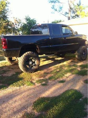 Lifted Chevy z71 - $10750 (Texoma)