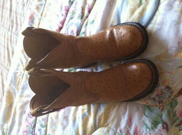 Very nice Ariat baby fat boots - $50 (Sherman)
