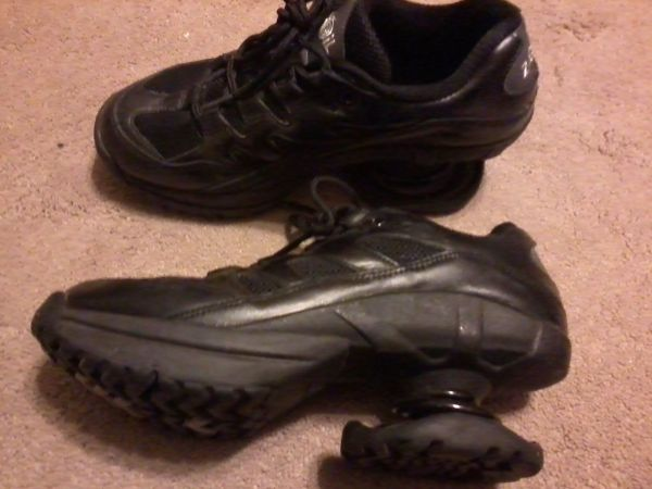 Z-Coil Freedom 2000 Size 9 Wide - $60 (Burneyville)