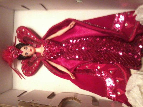 BOB MACKIE QUEEN OF HEARTS BARBIE DOLL - $15 (sherman)