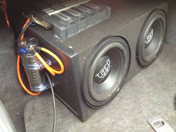 $150 for 2 12in treos800 watt kenwood - $150 (Ardmore area)