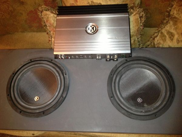 2 10 memphis MClass speakers with 500 watt memphis - $350 (Texoma, North Dallas)