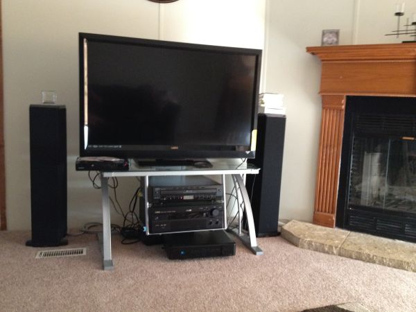 Stereo System,6changer CD, receiver  floor speakers - $399 (Red River)