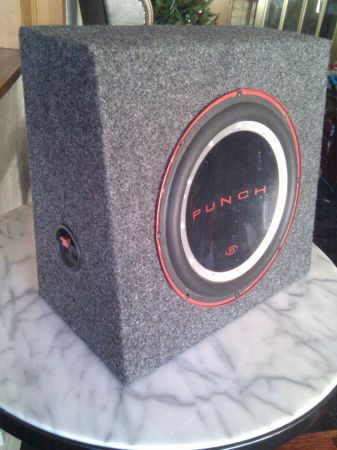 10 Punch subwoofer - $25 (sherman)