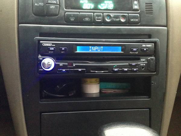 CDDVD Touch Screen Flip Out Radio - $150 (Texoma)