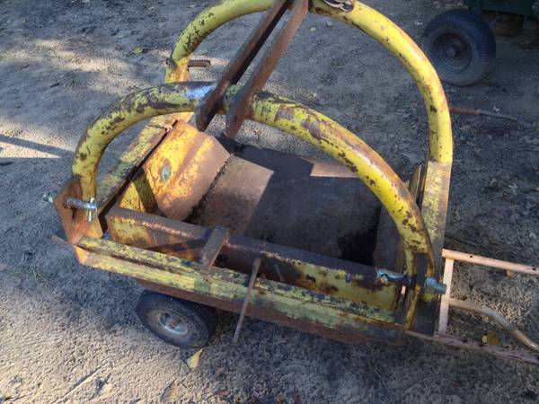 3 point hitch reversible dirt scoop - $200 (Cartwright ok)