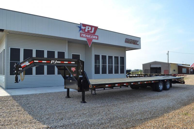 $11,110, 2015 PJ 32ft Gooseneck Trailer wHydraulic Jacks