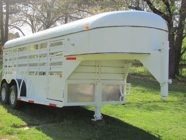 Nice Clean Hale 6x16 Horse Stock Combination Gooseneck Trailer - $3450 (E. Texas)