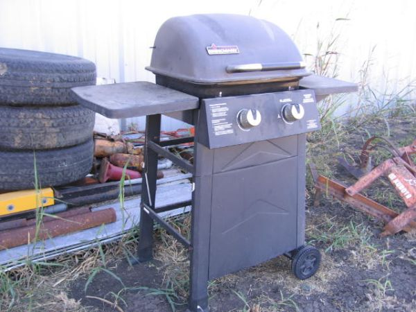 Smoker, Grills, Cultivator, Fuel Tank, Torches, Gas Bottles, Gas stove - $40 (Howe, Tx)
