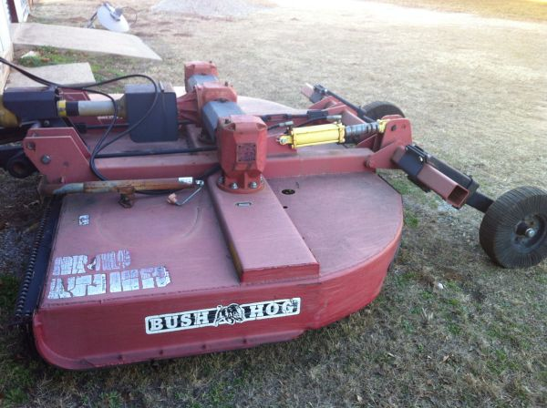 2005 Bush Hog Model 3210 10ft Pull Type Brush Hog - $5600 (Wapanucka, OK)