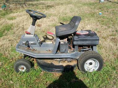 Craftsman riding mower - $50 (Kingston)