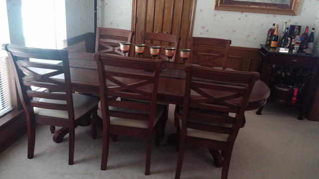 750  Plano Estate Sale- Furniture  Clothes  Luggage  electronics and more