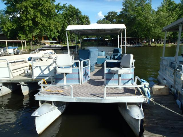 2 400  26 ft Harris Party Barge inboard