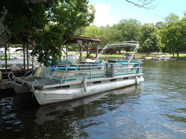 3 500  Crest III 24 ft Caribbean with 90 hp Evinrude