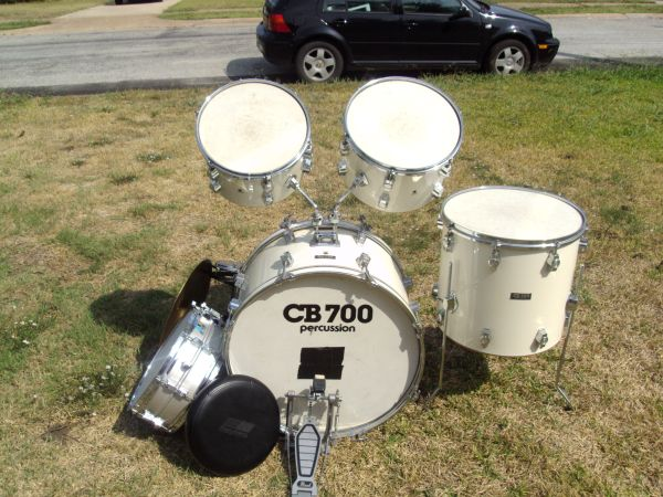 CB 700 LUDWIG DRUM SET - SWEET - $125 (SHERMAN, TX)