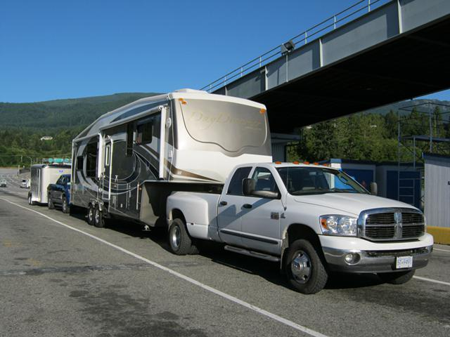 Canadian RV Hauling  Canadian RV Transport  Park Model Trailer Hauling