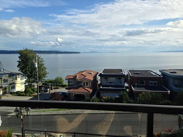 1br - 1200ft sup2  - SWAP my OCEAN VIEW in White Rock for yours in Victoria for July  Victoria