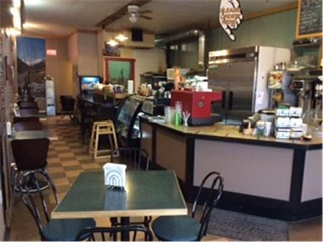 35 000  Established Diner in Pemberton  BC for sale