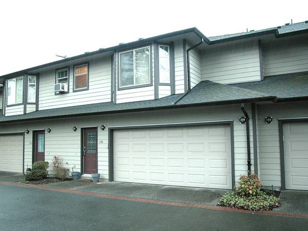 x0024339800  3br - 1673ftsup2 - Well Priced 3 bedroom Townhouse