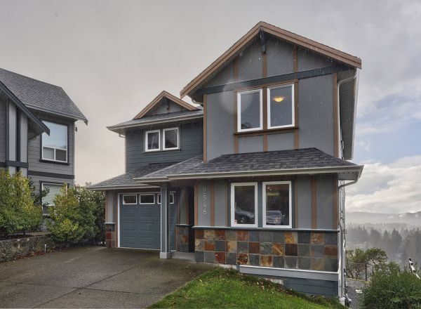 $574900 5br - 2888ftsup2 - Amazing Family Home Many Extras (Langford)
