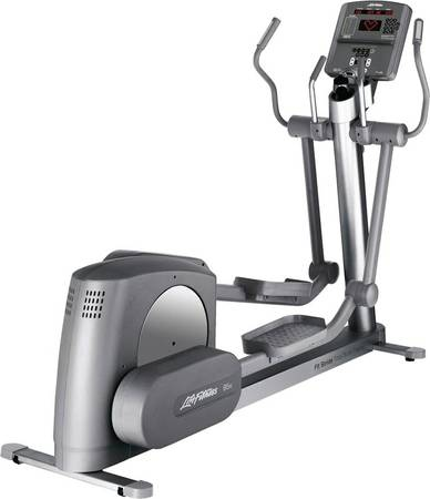 Life fitness 95XI elyptical  -   x0024 1200  BrentwoodBay