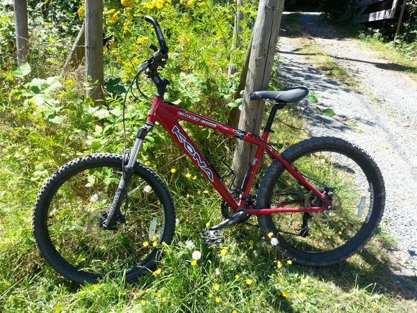 Kona Cinder Cone with many UPGRADES - $750 (Saanich)