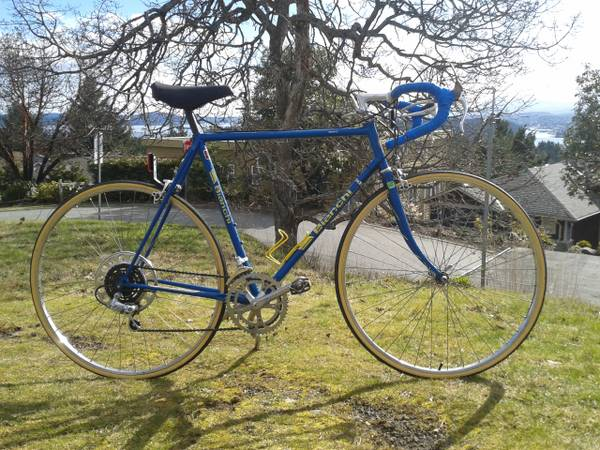 BIKES - Biachi Road - Vintage Norco - City Cruiser -  -   x0024 1234  VANCOUVER ISALND