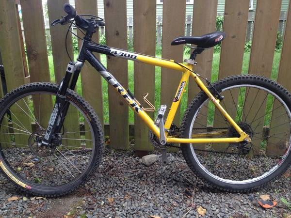 Trek 4300 mountain bike - $325 (GorgeBurnside)