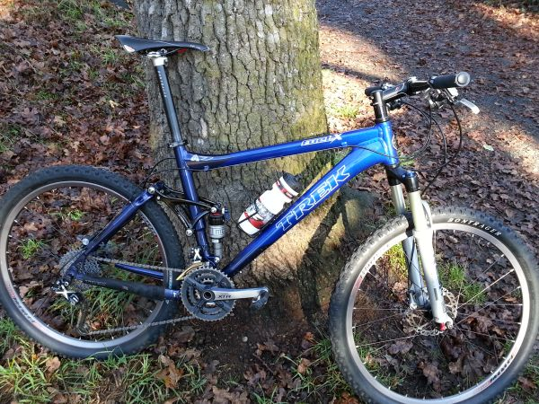 Trek Fuel EX -- Full XTR - $1900 (Victoria)