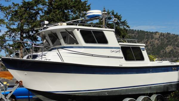 1998 Sea Sport 2700 Pilot  Trailer - $113000 (Cbell River, BC)