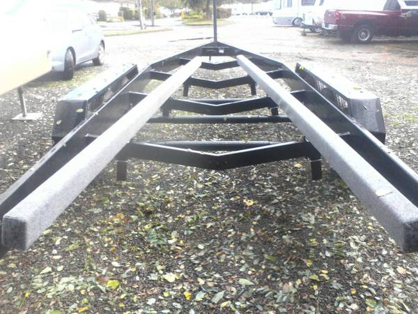3 Axle Heavy Duty Boat Trailer -   x0024 3850