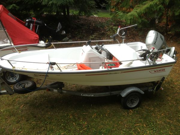 13.6 Boston Whaler Dauntless with 2006 50 hp Honda four stroke  - $10900 (Whistler)